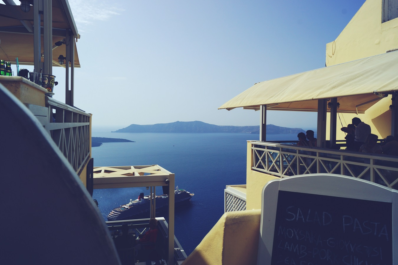 santorinin queen victoria port cruise