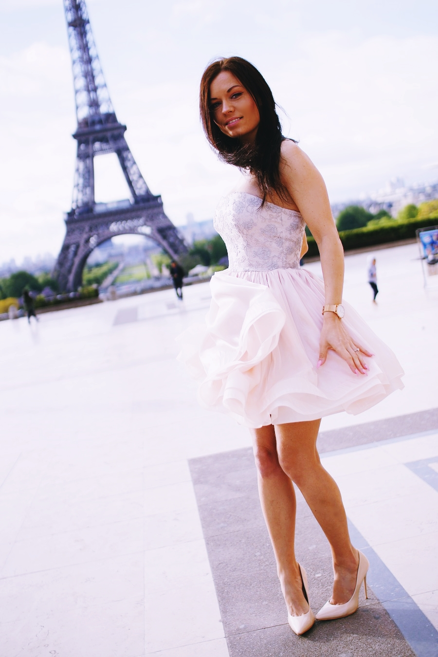 travel to paris and make your dreams come true