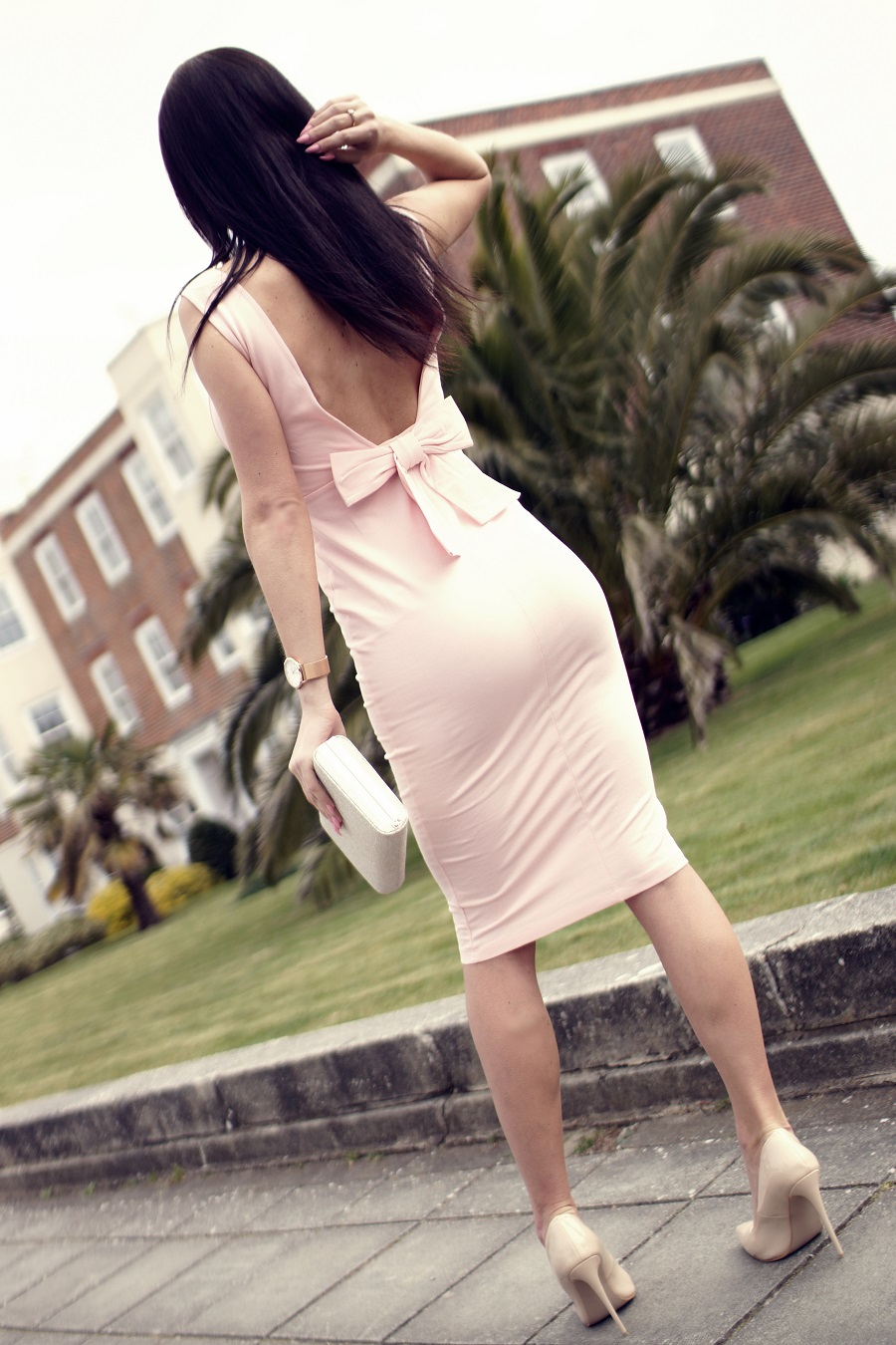 UK top bloggers pink bow backless dress