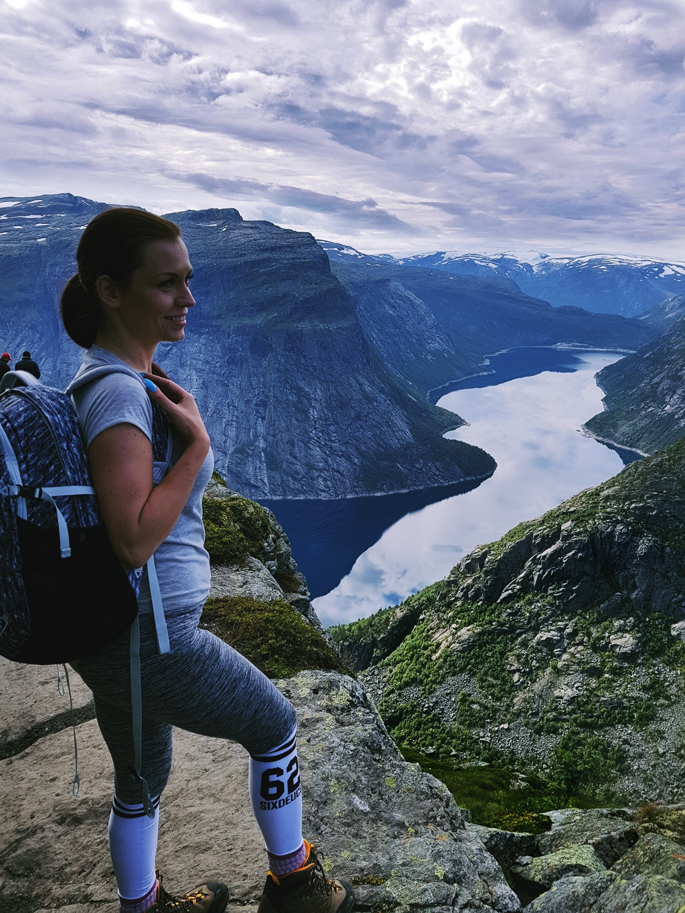 norway hike trolltunga wearing 62sixdeuce