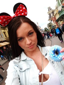 disneyland paris minnie mouse girl