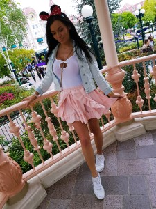 disneyland paris outfit of the day pink skirt