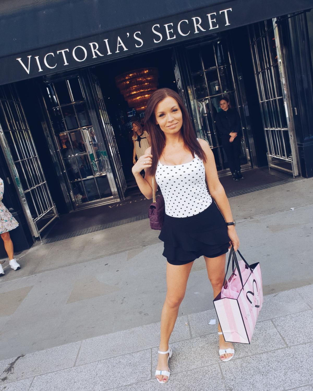 VS London